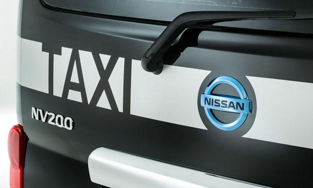 Nissan e-NV200 London Taxi portón