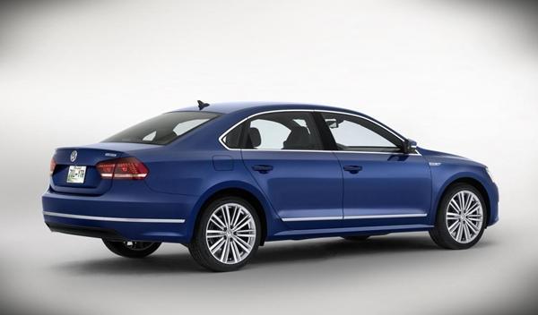 Volkswagen Passat BlueMotion Concept trasera