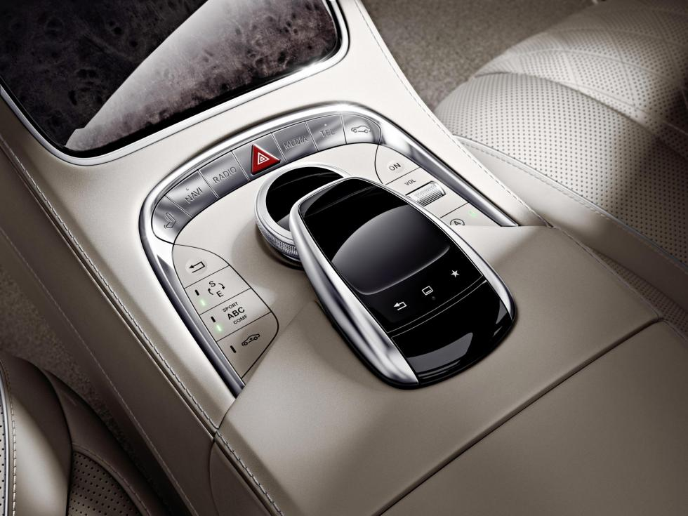 Mercedes S 600 2014 touchpad