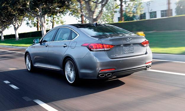 Hyundai Genesis 2014 trasera