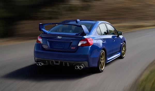 Subaru WRX STI 2015 trasera