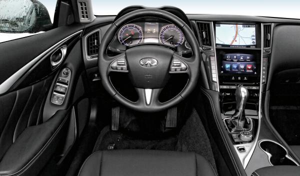 Infiniti Q50 2.2d interior