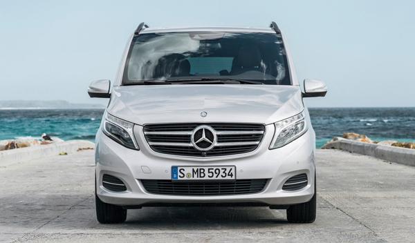 Mercedes Clase V frontal
