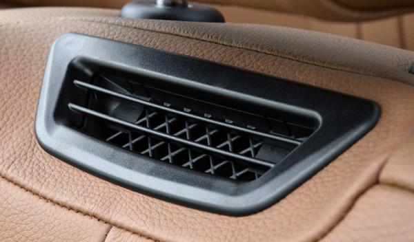 BMW 435i Cabrio aire cuello