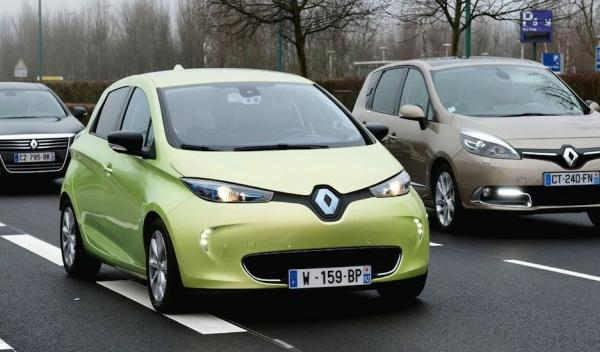 Renault Next Two frontal