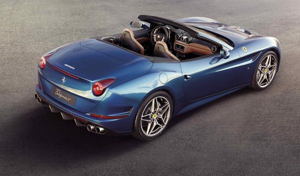 Ferrari California T azul