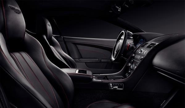 Aston Martin monta unas ruedas Pirelli P Zero 245/35 ZR20 en los DB9 Carbon