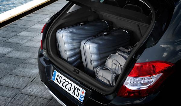 El maletero tiene una capacidad de 408 litros