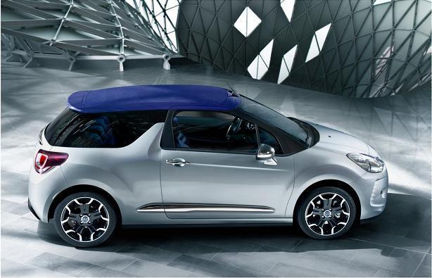 Citroën DS3 Cabrio Con la capota puesta