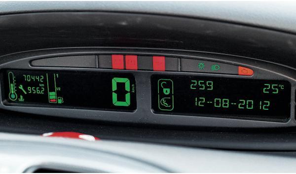 Citroën Xsara Picasso velocímetro