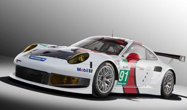 Porsche 911 RSR tres cuartos