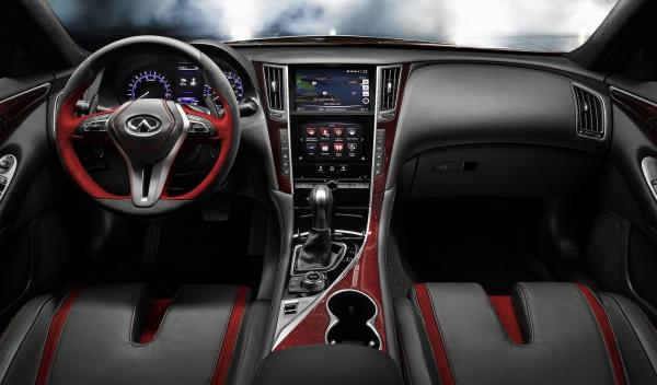 Infiniti Q50 Eau Rouge Concept salpicadero