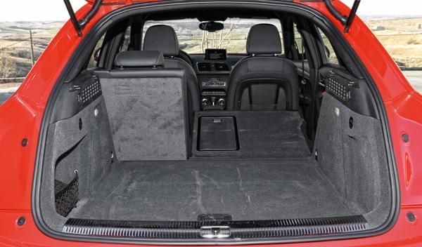 Audi RS Q3 maletero