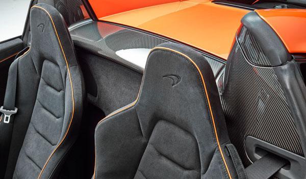 650S Spider interior