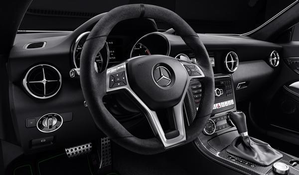 Mercedes SLK CarbonLOOK Edition interior