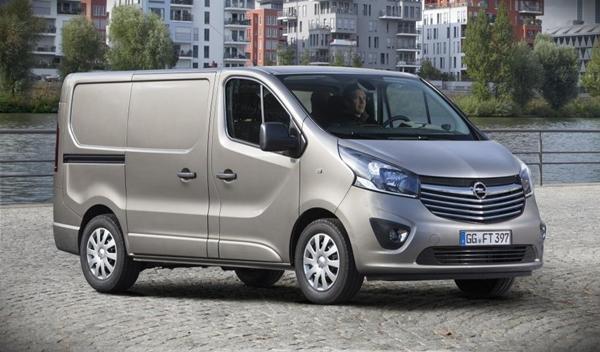 Nuevo Opel Vivaro 2014 lateral 1