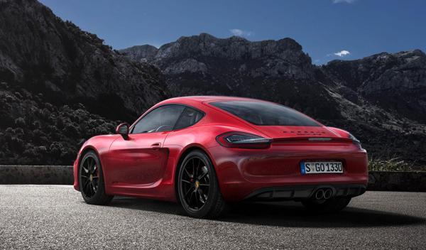 Porsche Cayman GTS tres cuartos trasero