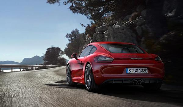 Porsche Cayman GTS trasera
