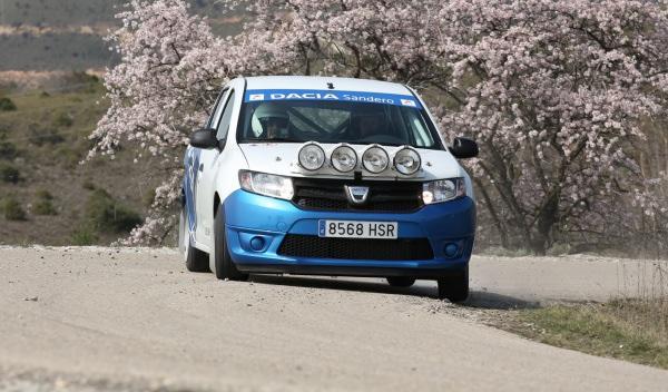 Prueba-Dacia-Sandero-Rally-Cup-cruzada
