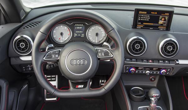Audi S3 Cabrio interior