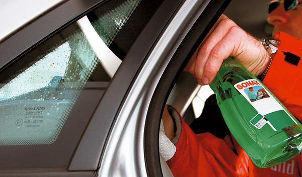 limpieza del coche cristales
