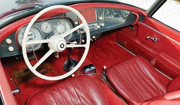 BMW 507 Serie II Roadster interior