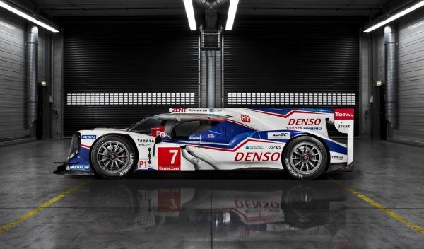 Toyota-TS040-Hybrid-Le-Mans-2014-lateral