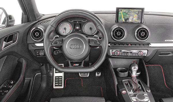 Comparativa: Volkswagen Golf R, Audi S3 y BMW M135i