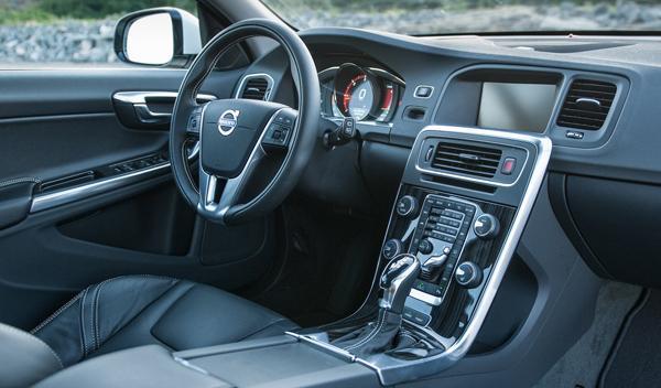 Volvo V60 D6 híbrido interior