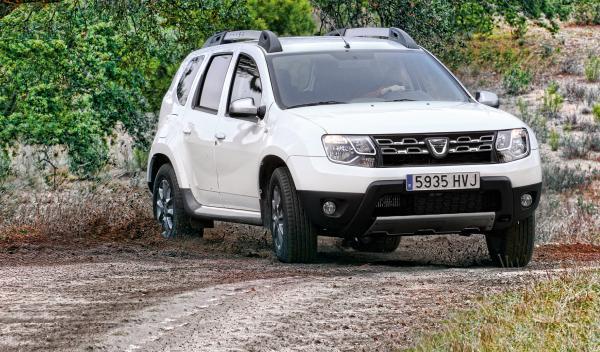 Dacia-Duster-derrape