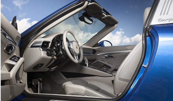 Porsche 911 Targa 2014 interior