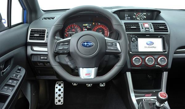 Interior del Subaru WRX STI