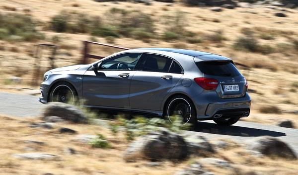 Mercedes A 45 AMG Lateral