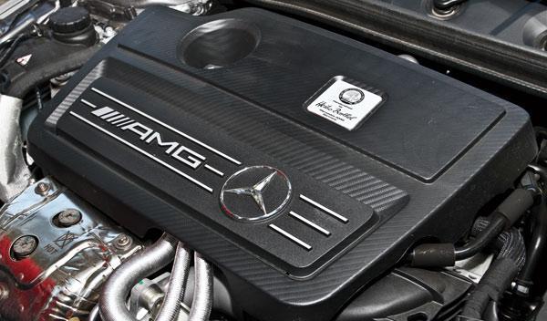 Mercedes A 45 AMG motor