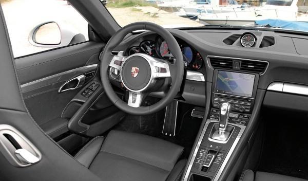 volante Porsche 911 Carrera S Cabrio