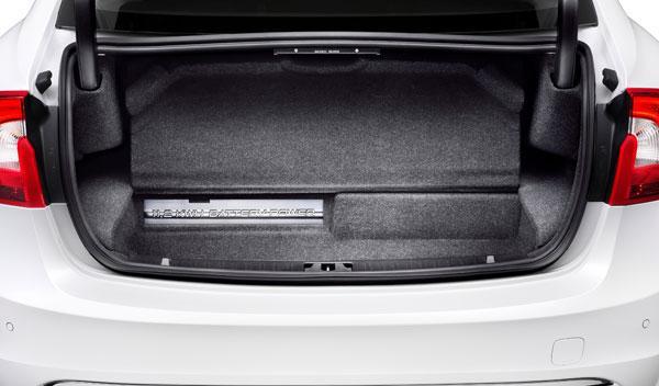 Volvo S60L híbrido maletero