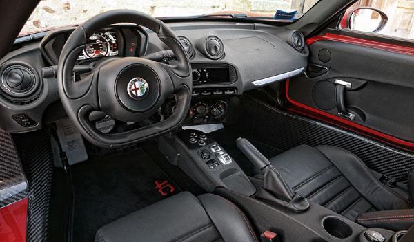 Alfa Romeo 4C salpicadero