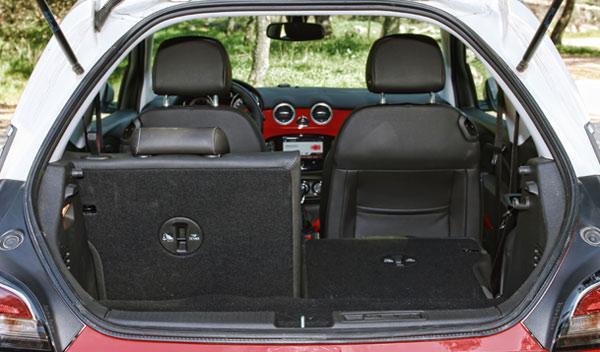 Maletero del Opel Adam