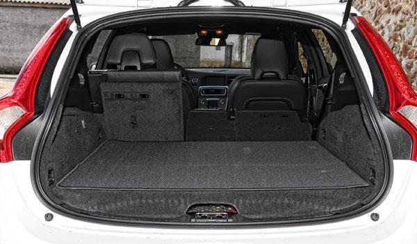 Volvo V60 Plug-in Hybrid maletero