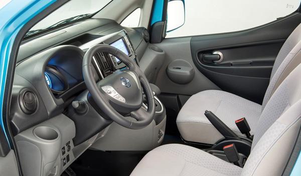 Nissan e-NV200 interior
