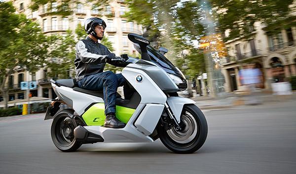 BMW C Evolution acción