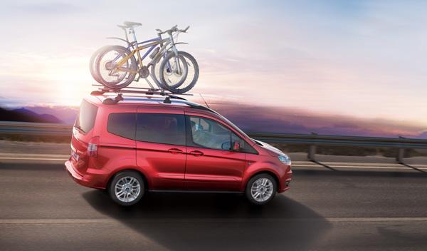 Nuevo Ford Tourneo Courier: las barras de techo no son de serie