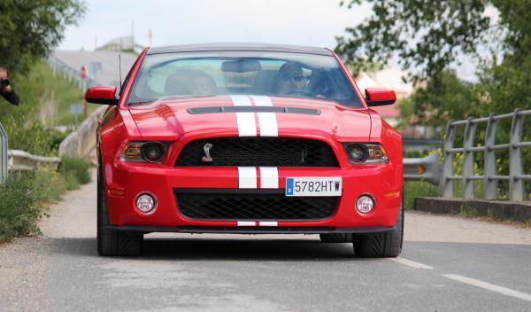 Cabalgata Ford Mustang 2014