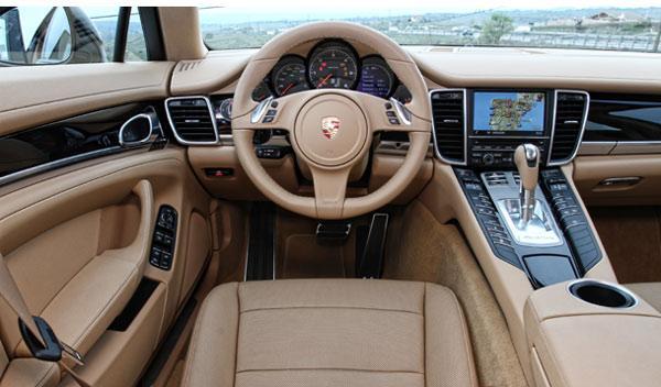 Interior del Porsche Panamera Diesel