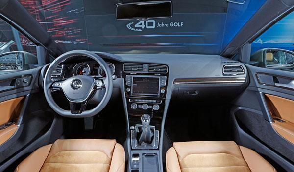 VW Golf Edition interior