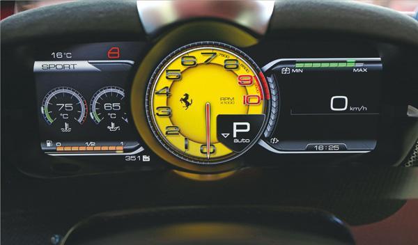 Ferrari LaFerrari cuadro mandos