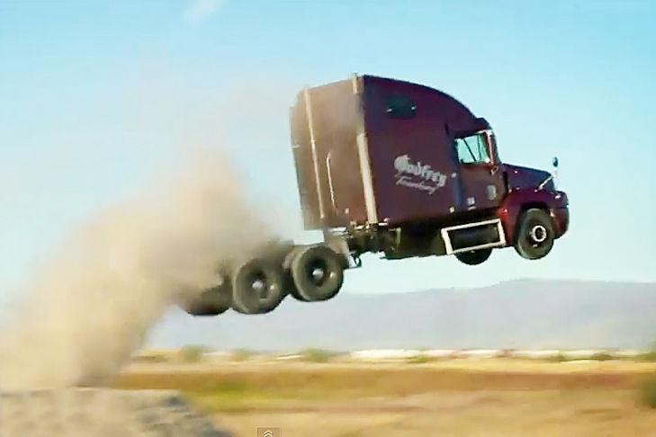 Nitro Circus camión