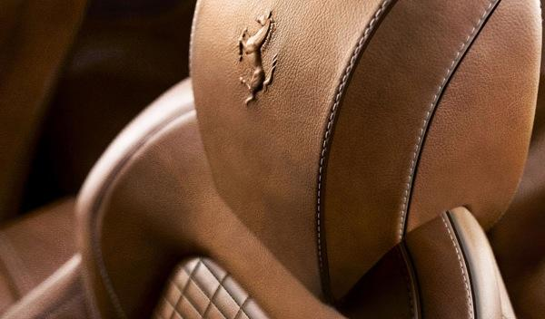 Ferrari FF Dressage asiento