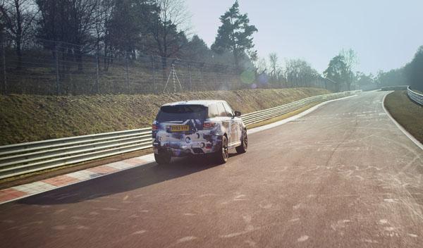 Range Rover Sport SVR subida