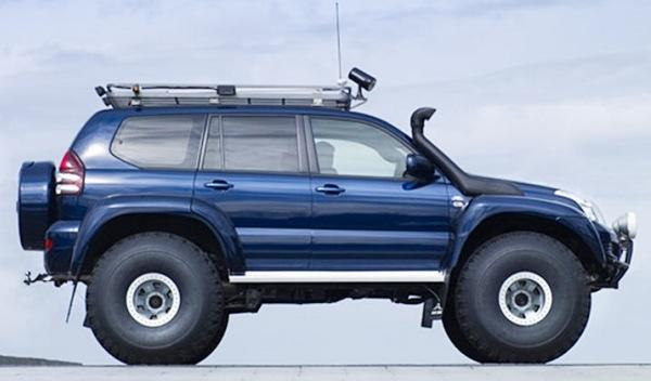 Artic Trucks Toyota Land Cruiser lateral
